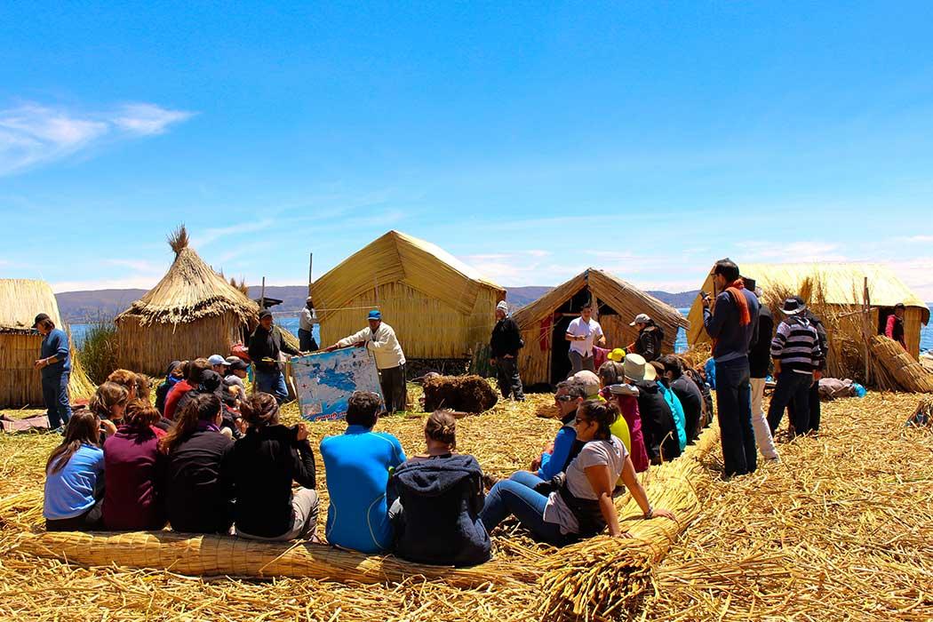 Tente exposée lac titicaca